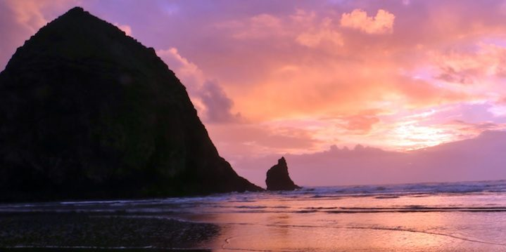 Haystack Rock at Cannon Beach (Credit: Bill Rockwell)