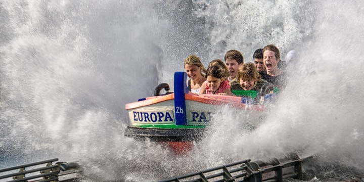Best Credit Cards for Theme Parks